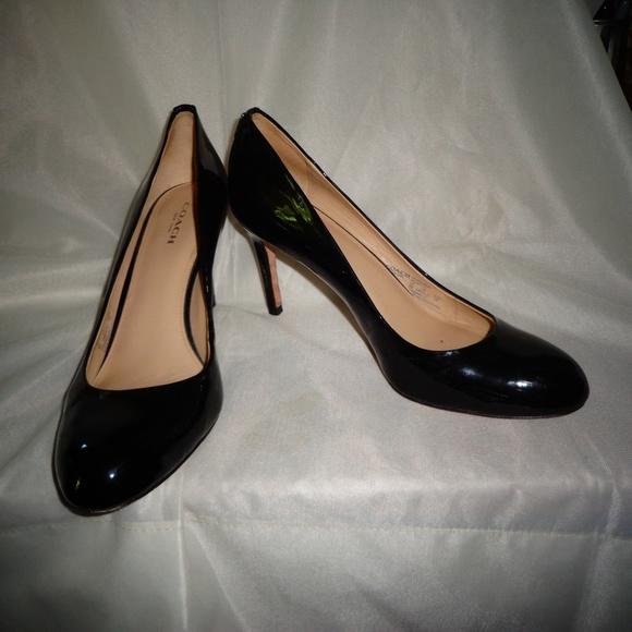 a45c3db2be Coach Shoes | Vguc Rosey Patent Leather Shoe Sz 8b | Poshmark